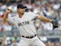 Tim Wakefield faces the Yankees