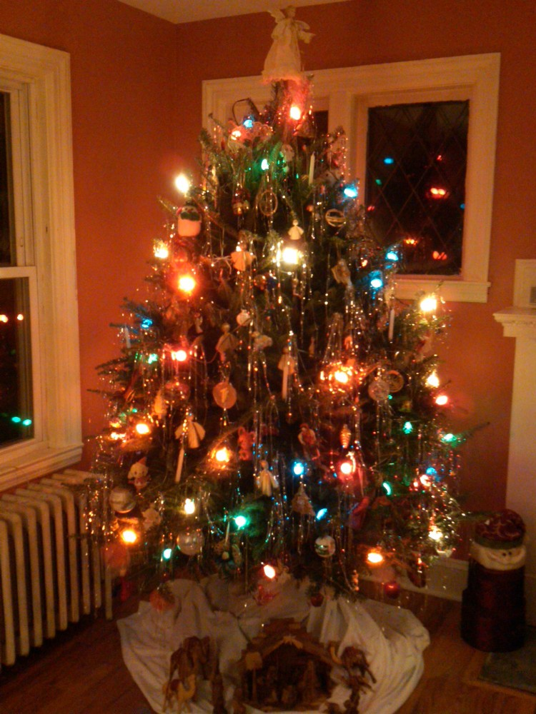 The Christmas Tree, Sparklier | Musings from the Den Mother